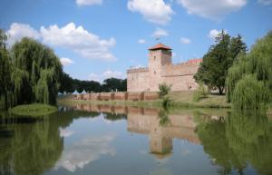 Gyulai Vár - Gyulai kisvonat